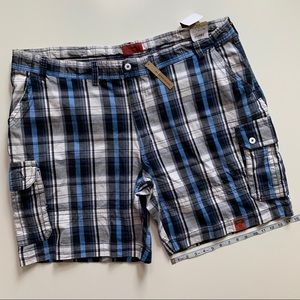 The Foundry NWT Plaid Shorts men's size 50
